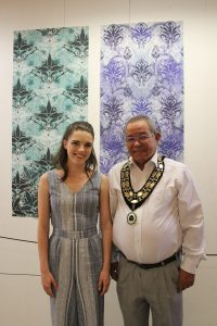 Woodley Mayor attends Waingels art collection